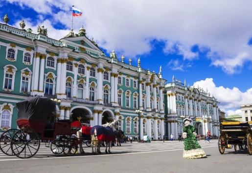 SAINT-PÉTERSBOURG – LA MEILLEURE DESTINATION POUR APPRENDRE LA LANGUE ET LA CULTURE RUSSE