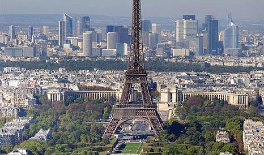4) Tour Eiffel, Paris, France
