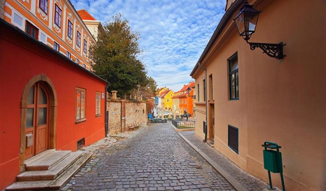 9/Zagreb, en Croatie