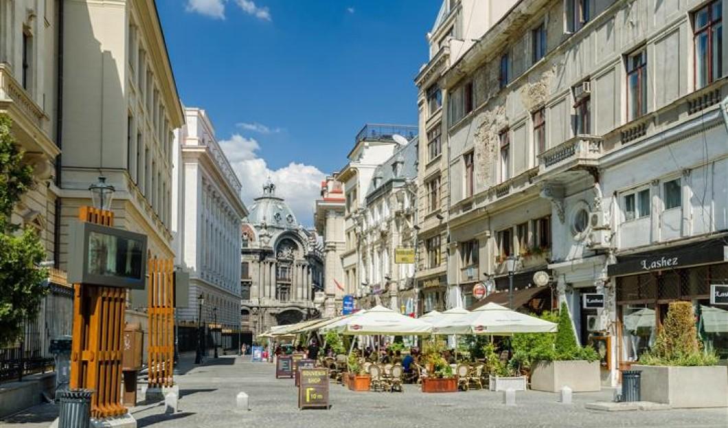 2/Bucarest, en Roumanie